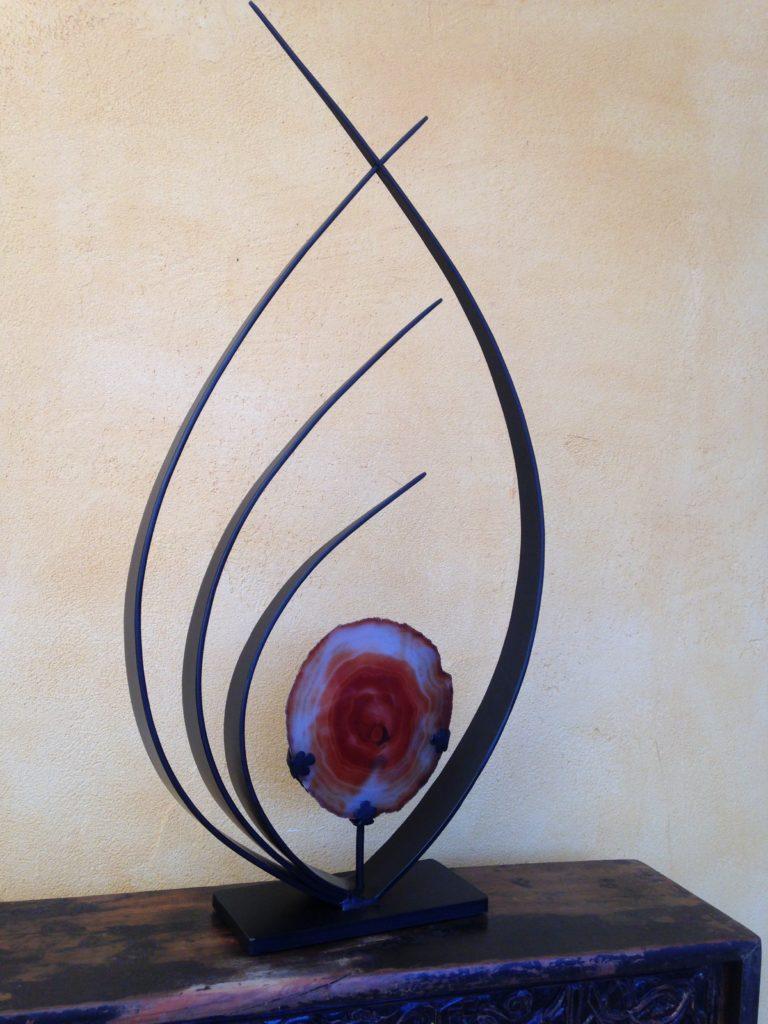Sculpture en fer forgé et agate Finition nor mat